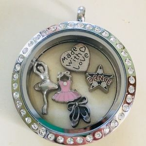 Jewelry - Personalized Floating Charm Lockets! Best Deal!